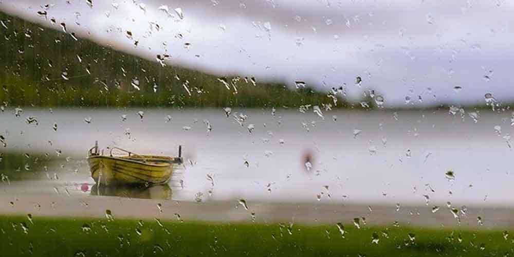雨の日は場合によっては絶好のサーフィン上達日和だ