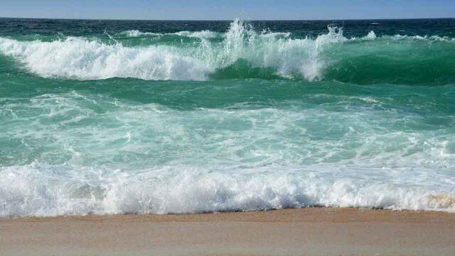 夏だけサーファーと年中サーファーは実力が天と地の差だ