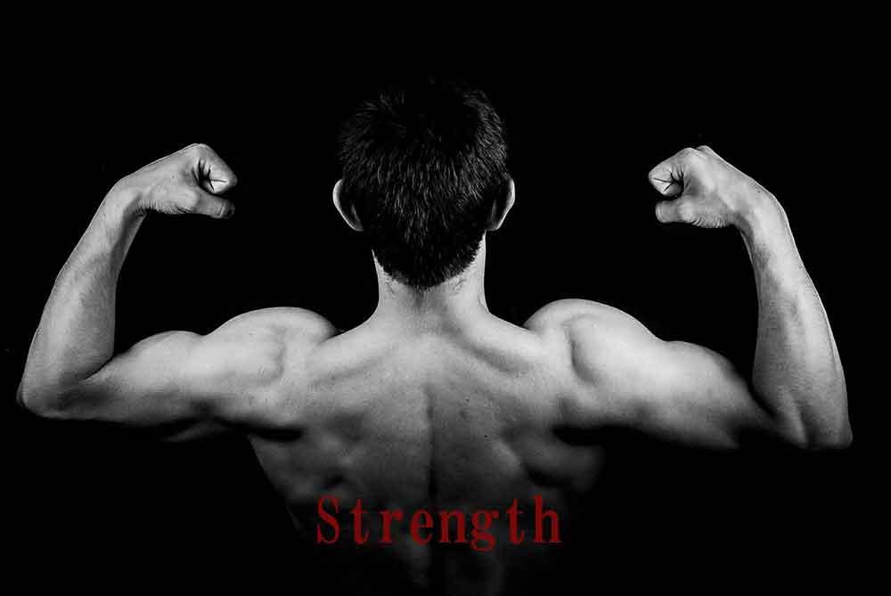 サーフィン上達に欠かせない筋肉は、実は腕力だ!